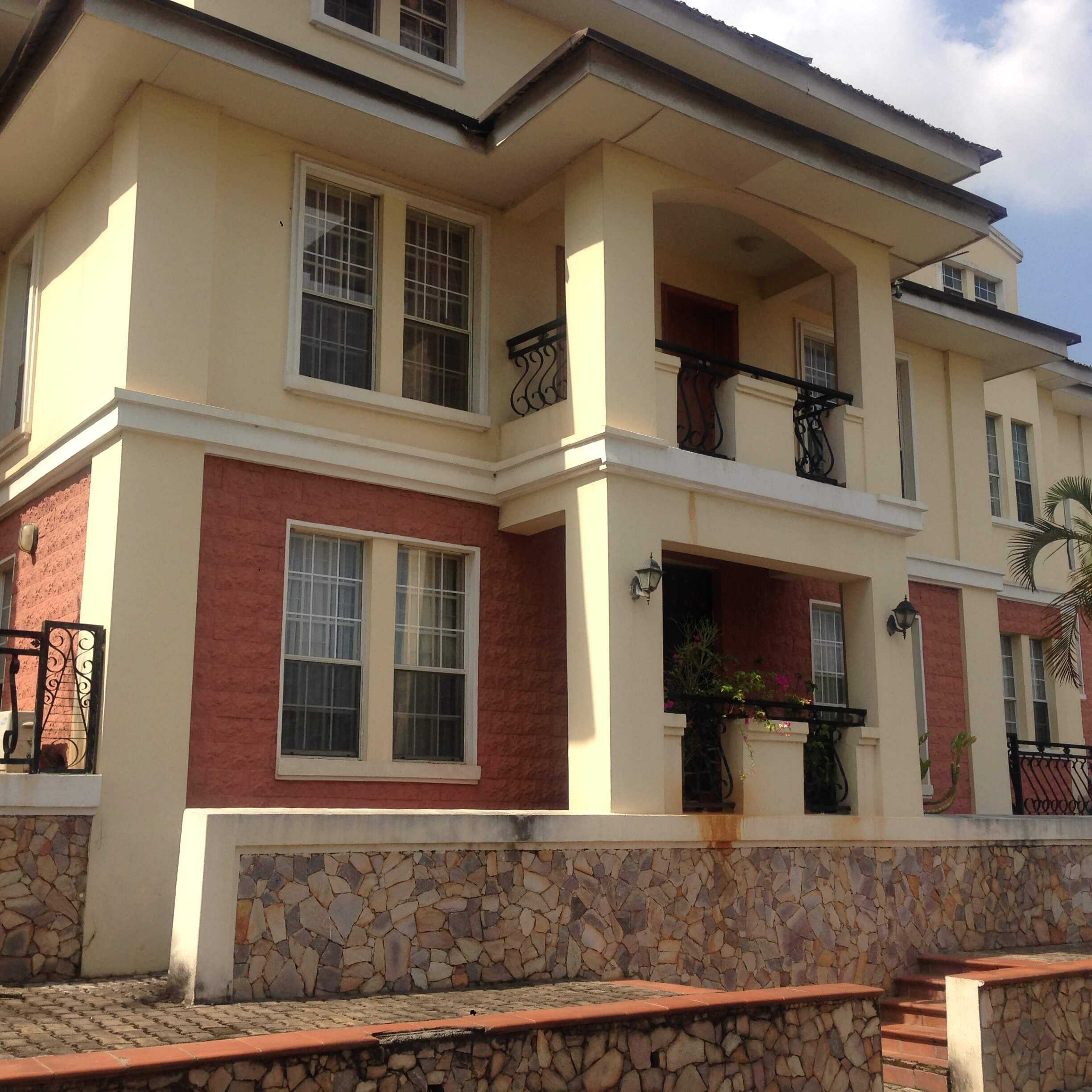 3 Bed Apartments For Rent: 3 Bedroom Apartment For Rent In Maitama
